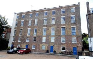 1-4 New Road Avenue, Medway, ME4 6EX